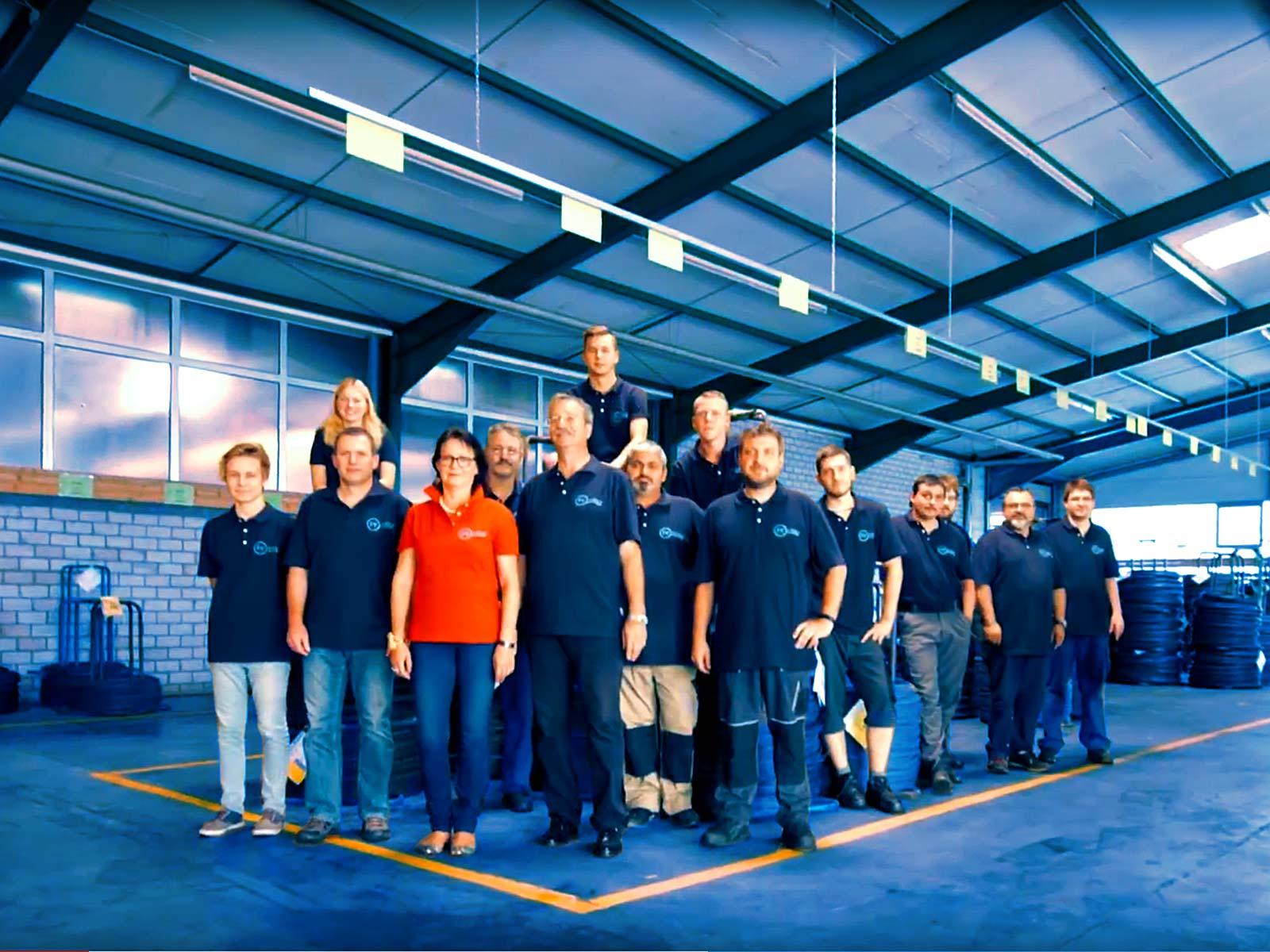 Frey Schrauben hat 25 Ingenieure, Meister und Facharbeiter in 2020 beschäftigt.